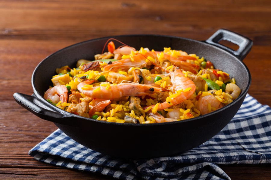 Mixed paella recipe with chicken and seafood and Cooks Delight soup base